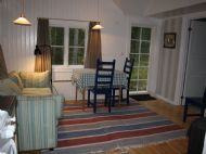Visit Nyby Torpet allrum mot sovrum